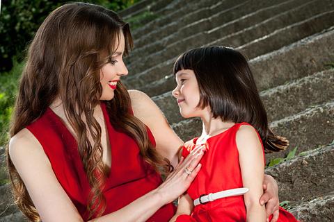 © Malsveta   Dreamstime.com - Mother And Daughter Gentle Hug Photo